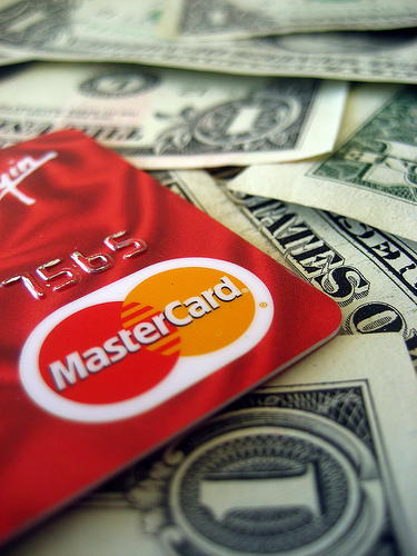 Hate Credit Cards? Three Good Alternatives