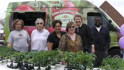 Burpee Home Gardens Grow Anywhere Tour