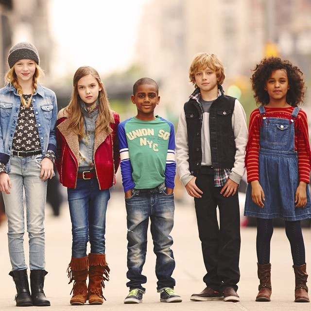 At The Children's Place, we've got kids clothes in every size, color and trend-setting style. Tops, shorts, pants, jeans, dresses it's all here. Tops, shorts, pants, jeans, dresses it's all here.