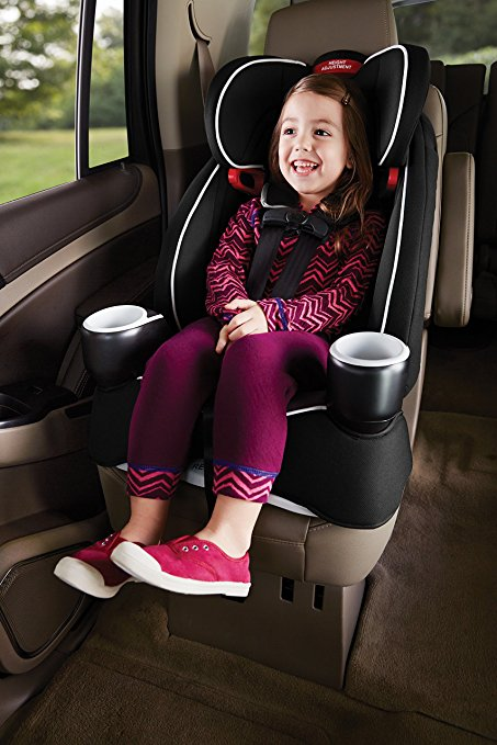Amazon: Graco 2-in-1 Harness Booster Car Seat for $70.39 ($32 off)