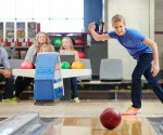 Groupon: $39 for Bowling on One Lane, Pizza, and Soda for Six at Blainbrook Entertainment Center (Up to $87.75 Value)