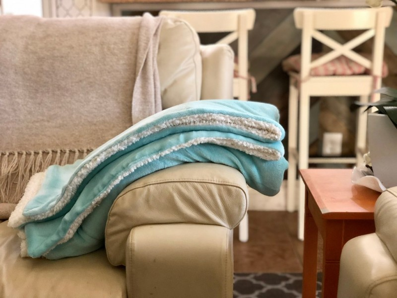 Amazon Bedsure Cozy Sherpa Throw Blankets As Low As 4040 Awesome Inspiration Bedsure Sherpa Blanket Throw Blankets