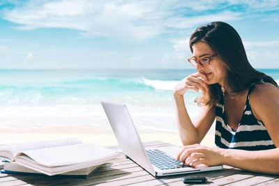 9 Remote Jobs for People Who Love to Travel